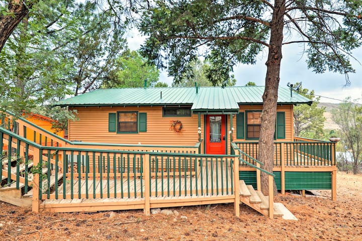 This 2-bed, 1-bath vacation rental home is perfect for 3.