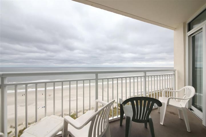 3 Bedroom Oceanfront unit at Bay Watch Resort