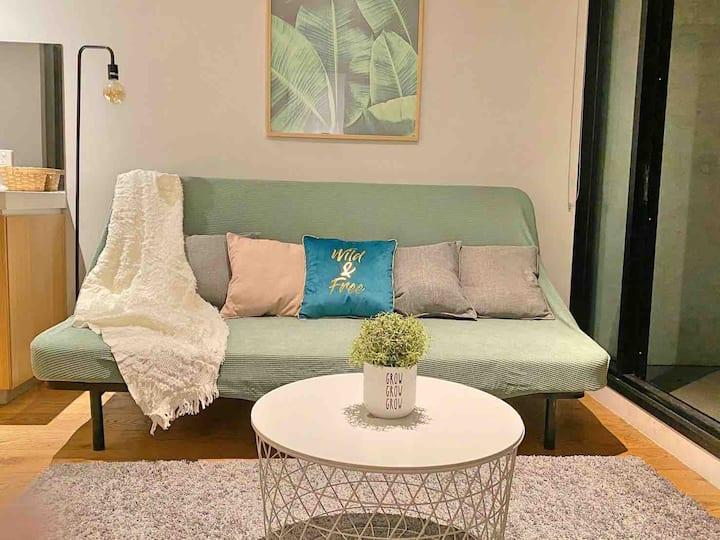 The Elegancy 2 Bedroom apt in Melb CBD+free tram