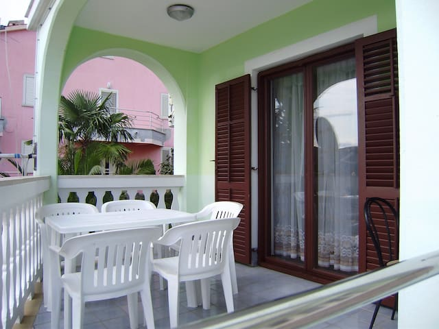 Apartment typ B 4-6.1 ***, sea view - Rabac - Flat