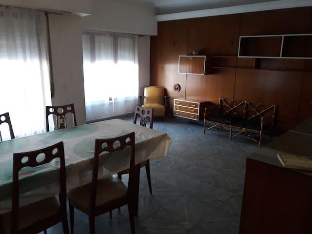 Alquiler casa tipo PH, muy comoda y bien ubicada - Mar del Plata - House