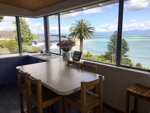 Bisley Beach House - Nelson - Hus