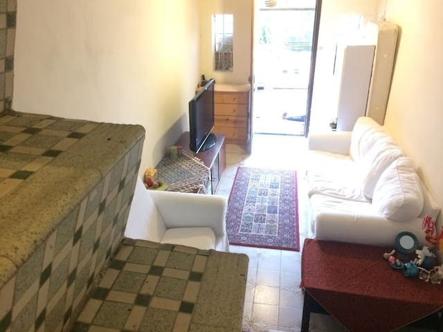 2Storeys - 3BR - 600 sqft Cottage - Hong Kong - Casa