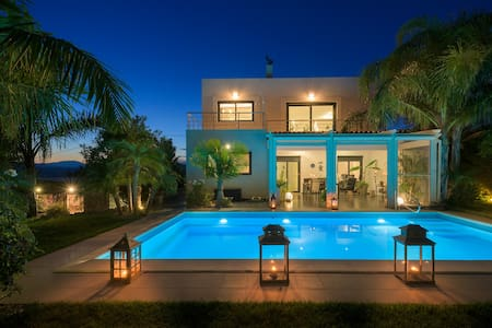 Villa Palm Garden - Afantou - วิลล่า