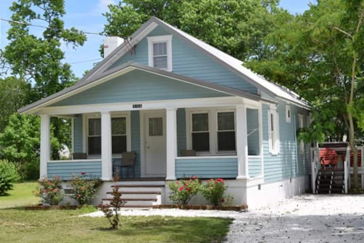 Little Grit Cottage - Renovated, Quiet Location