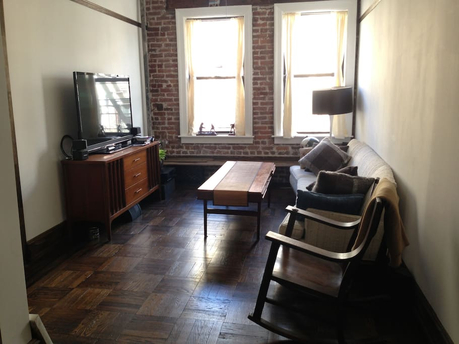 Spacious Williamsburg Bk 1br Apt Apartments For Rent In Brooklyn New York United States