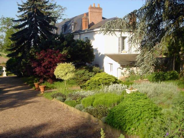B&B Suites close to Gien Briare