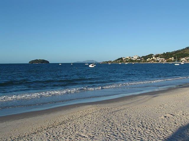 Apartamento junto à praia de Jurerê - Florianópolis - Wohnung