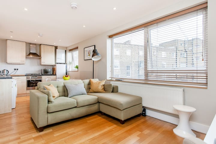 Southbank - Double room, modern apt