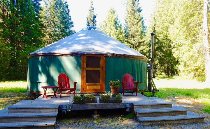 Glamp in Private North Idaho Forested Yurt
