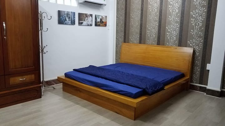 Homestay near ferry station/self-laundry