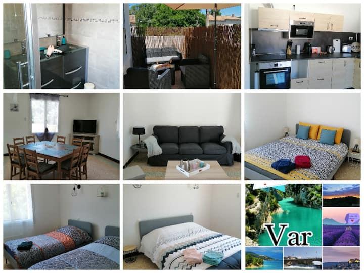 confortable et spacieux logement terrasse