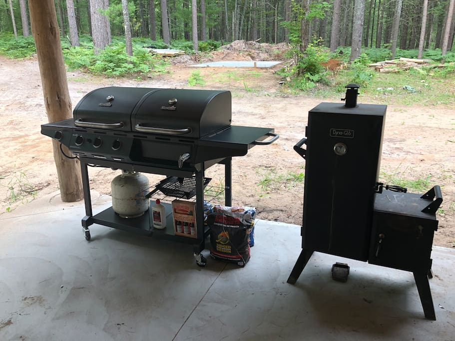 Propane and charcoal grill combo and smoker