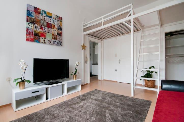 Romantic Charm near the City - Wenen - Appartement