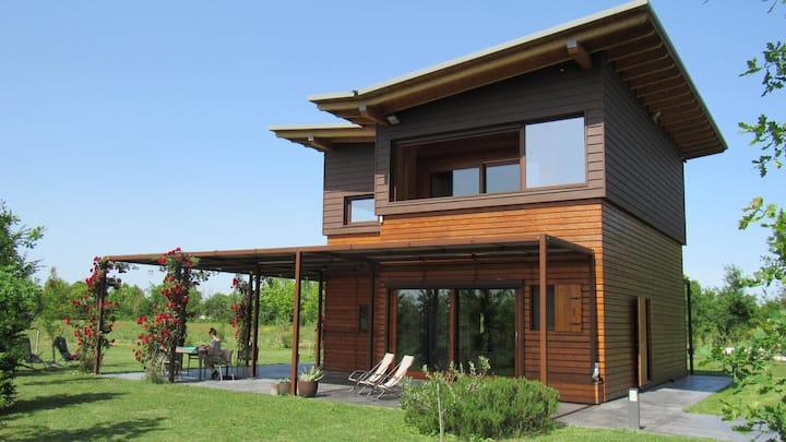 Eco Cabin in Habitat 3650 Organic Farm, Venezia