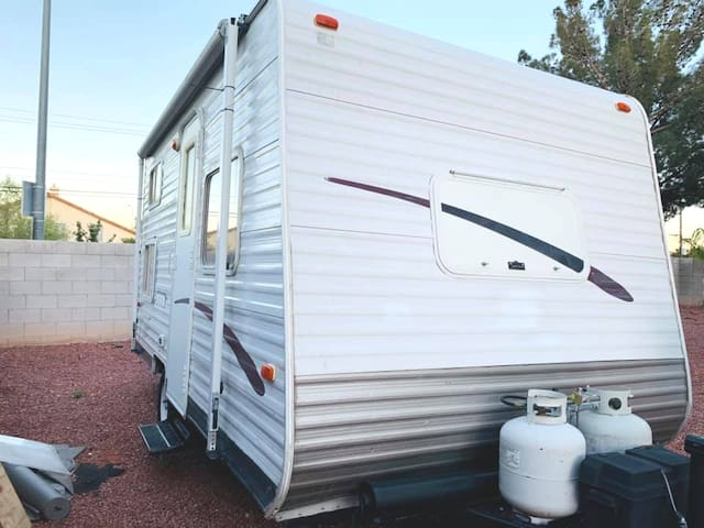 Save for the strip. Go glamping at a Vegas RV park