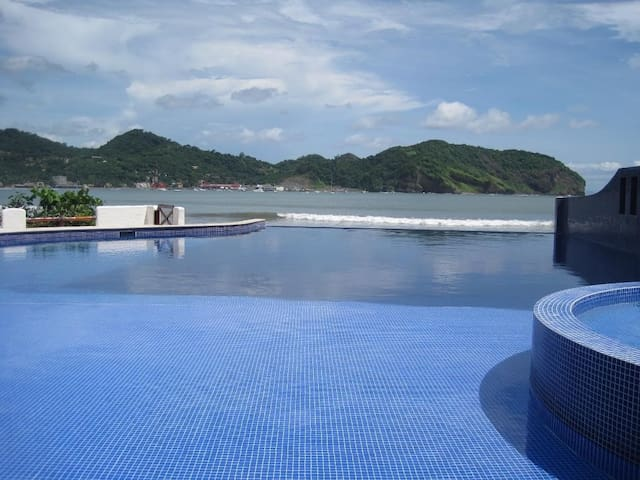 GREAT BEACH FRONT CONDO #302 - San Juan del Sur - Leilighet