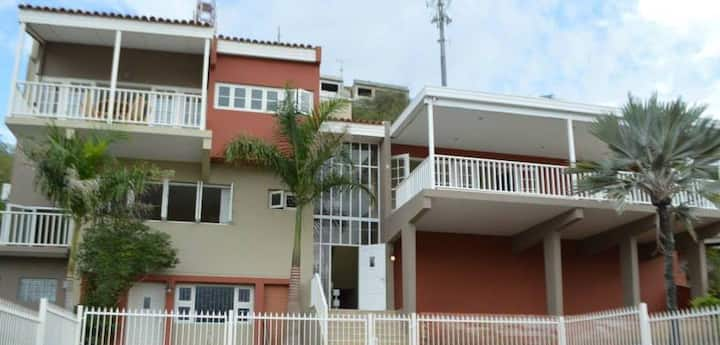 1 bedroom space & pool and jacuzzi