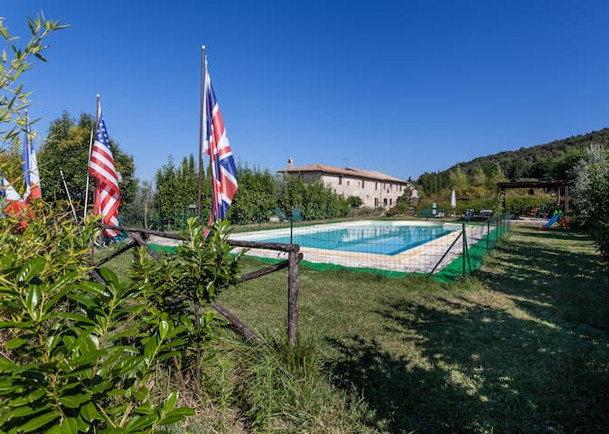 Ancient farmhouse in Umbria - Green - Massa Martana - Appartement