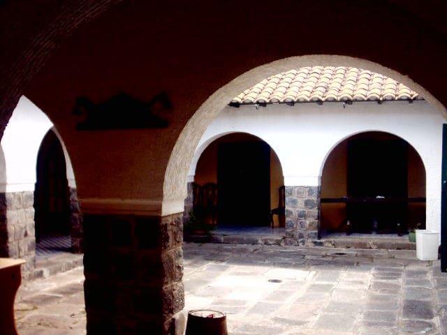 old Hacienda in Tababela near Quito - Yaruqui - Дом