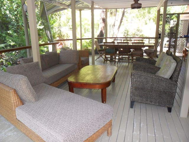 Queensland Family Beach House - Coochiemudlo Island - Huis