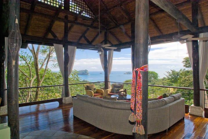 Luxury Villa 4 Kings w/Ocean Views Pool & Elevator