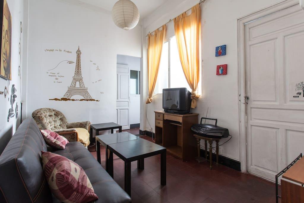 De 4hab y sofa cama centrico apartments for rent for Sofa cama sevilla