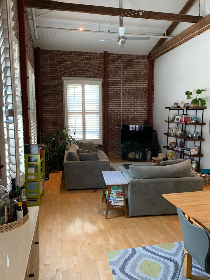 SoMa Loft in Historic Building