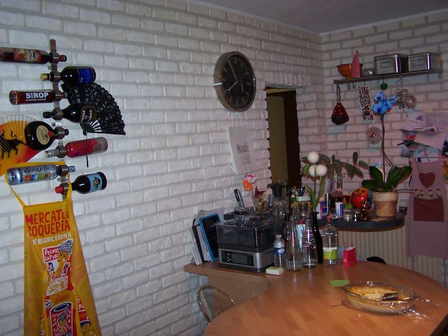 Cuisine avec ambiance loft / Kitchen with a loft atmosphere