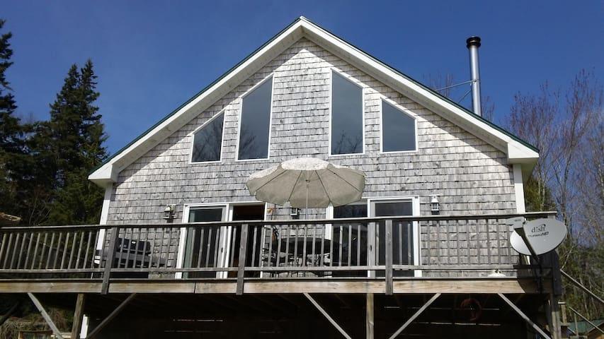 Coastal Chalet Home - Sedgwick