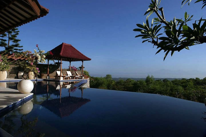 Full Ocean, Volcano View Villa - South Kuta