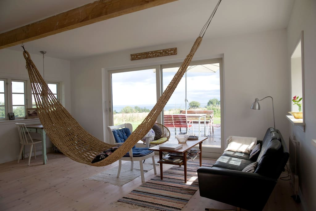 Oceanview from the hammock in the living room.