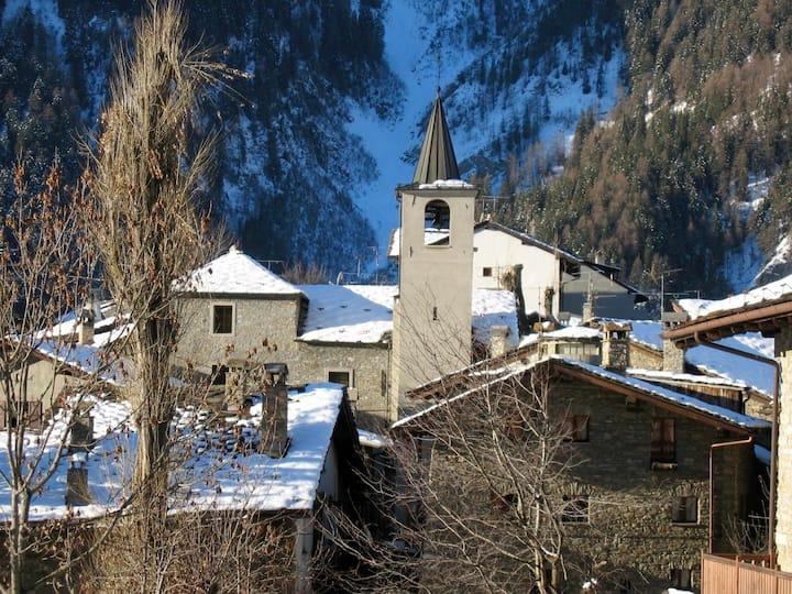 Ski Mountain Attic, Courmayeur