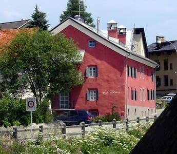 Romantic apartment 10min  St.Moritz - Madulain - Daire