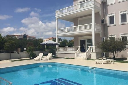 Beautiful poolside apartment - Belek - Appartement