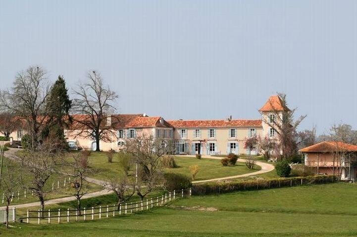 BIO et NATURE en PERIGORD VERT .... - Bertric-Burée - House