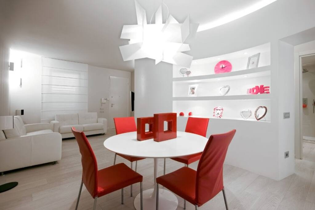 Dining Room / Salotto