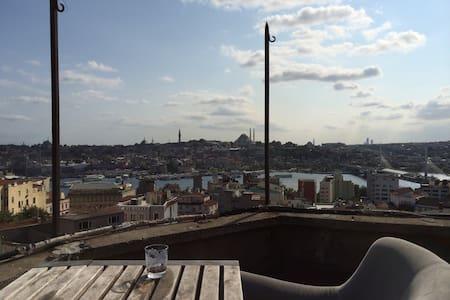 Unique Location w Teras View@GALATA - Istanbul
