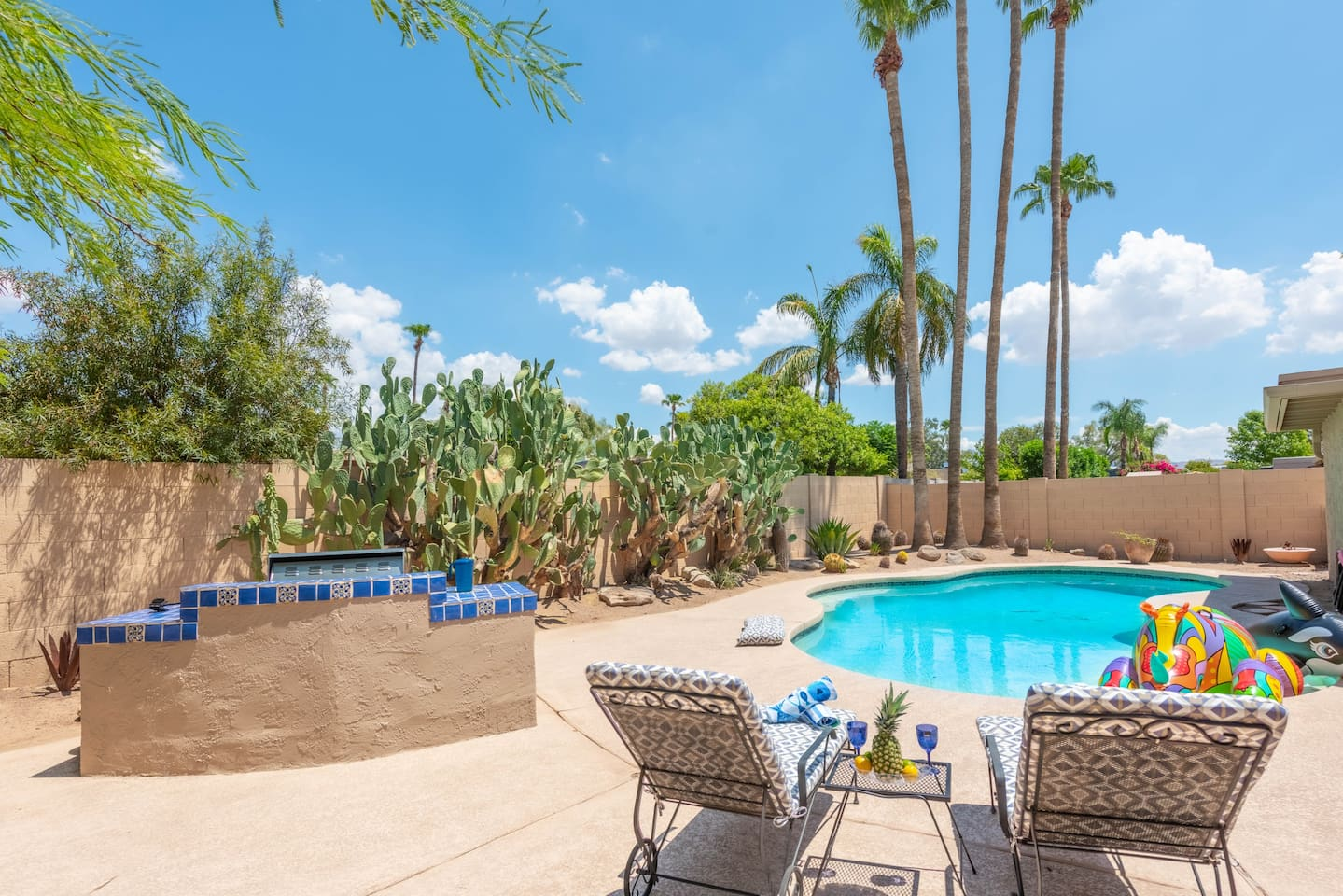 Everything you dream of for the best vacation in Scottsdale! Location is unbeatable and the house has more to offer than you can imagine!