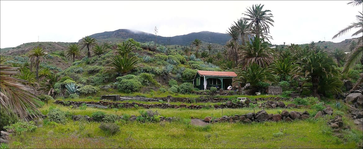Cottage on private property in Tazo - Vallehermoso,La Gomera , Santa Cruz de Tenerife - Kabin