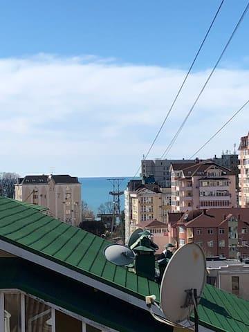 Сдам уютную квартиру-студию с видом на море)))