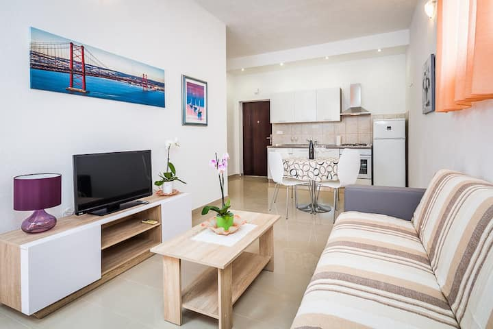 Apartment for 2 in Villa Kolar