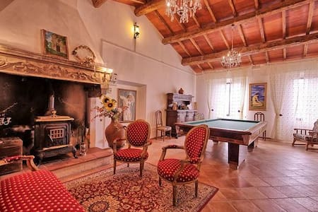 Villa Luciano with pool and Jacuzzi - Villa