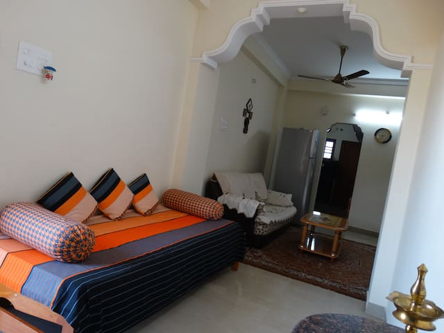 Two Bedroom Fully Furnished House - Hyderabad - House