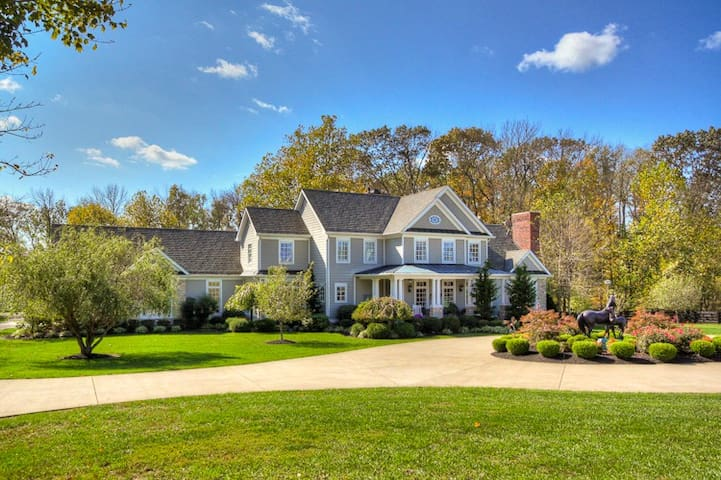 Estate on Horse Farm/Tons of Amenities - KY Derby
