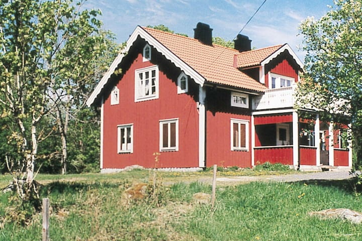 6 person holiday home in RYSSBY