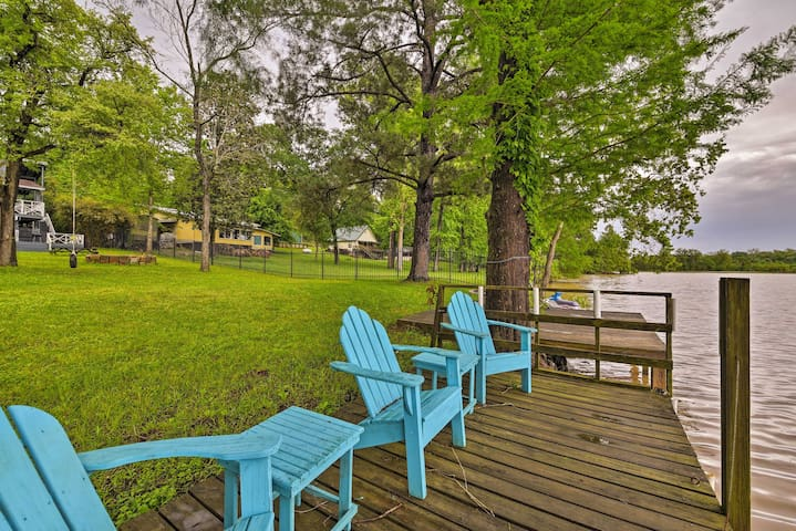 NEW! Goodrich Private Lake House w/ Dock & Firepit