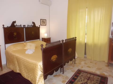 At Armando's home -Liberty Room -DELUXE-