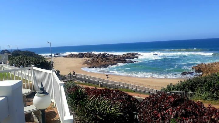 CASA DEL SOL 4 a Stroll to the beach