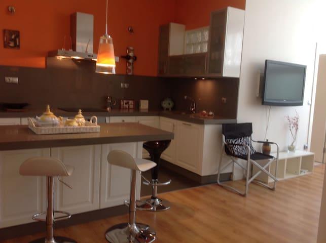 Maravilloso piso en pleno centro - Ferrol